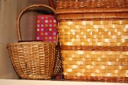 D 4 shelf with pic basket tins and 2nd basket
