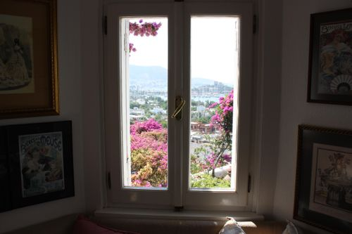 Bodrum window