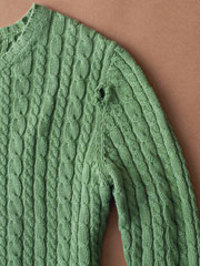 Sweater_with_hole